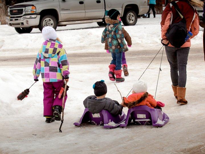 Outdoor family activities in Edmonton Winter