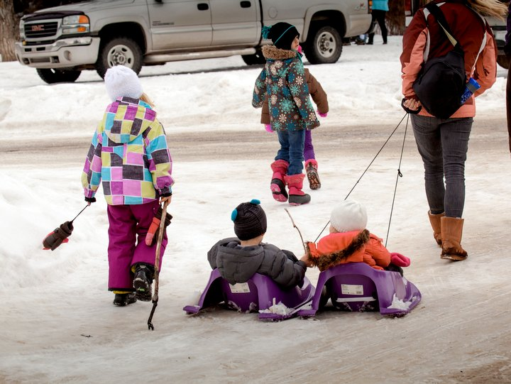 Outdoor family activities in Edmonton Winter